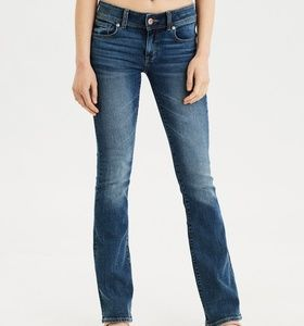 AMERICAN EAGLE DISTRESSED KICK BOOT STRETCH JEANS